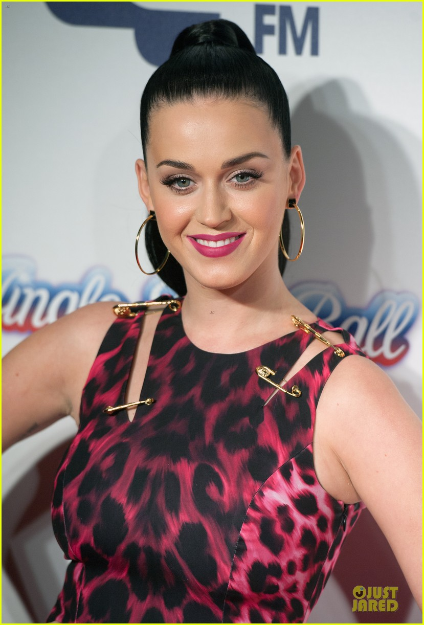 katy perry capital fm jingle bell ball 2013 02