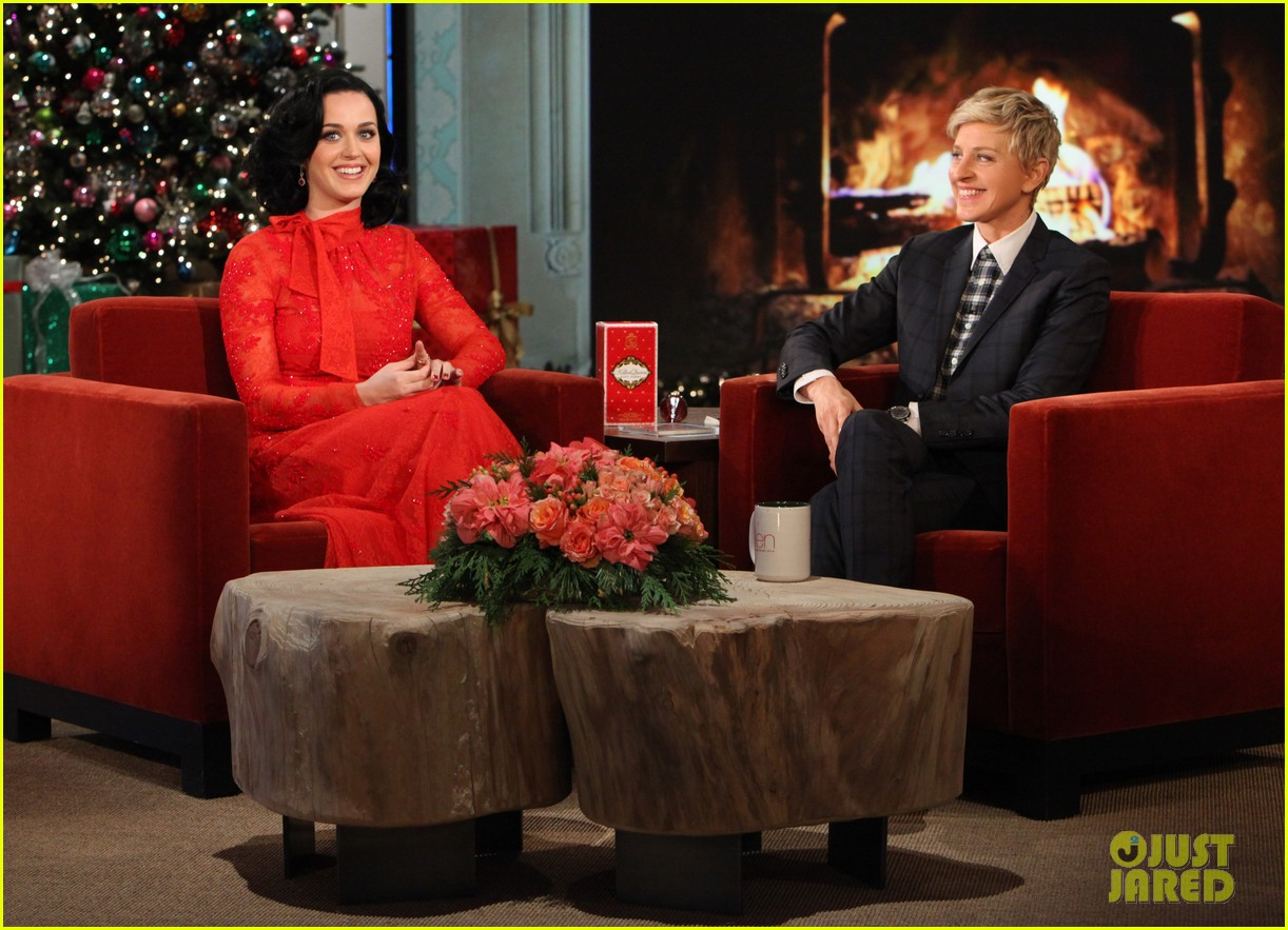 katy perry john mayer sit down for an interview on ellen 033015206