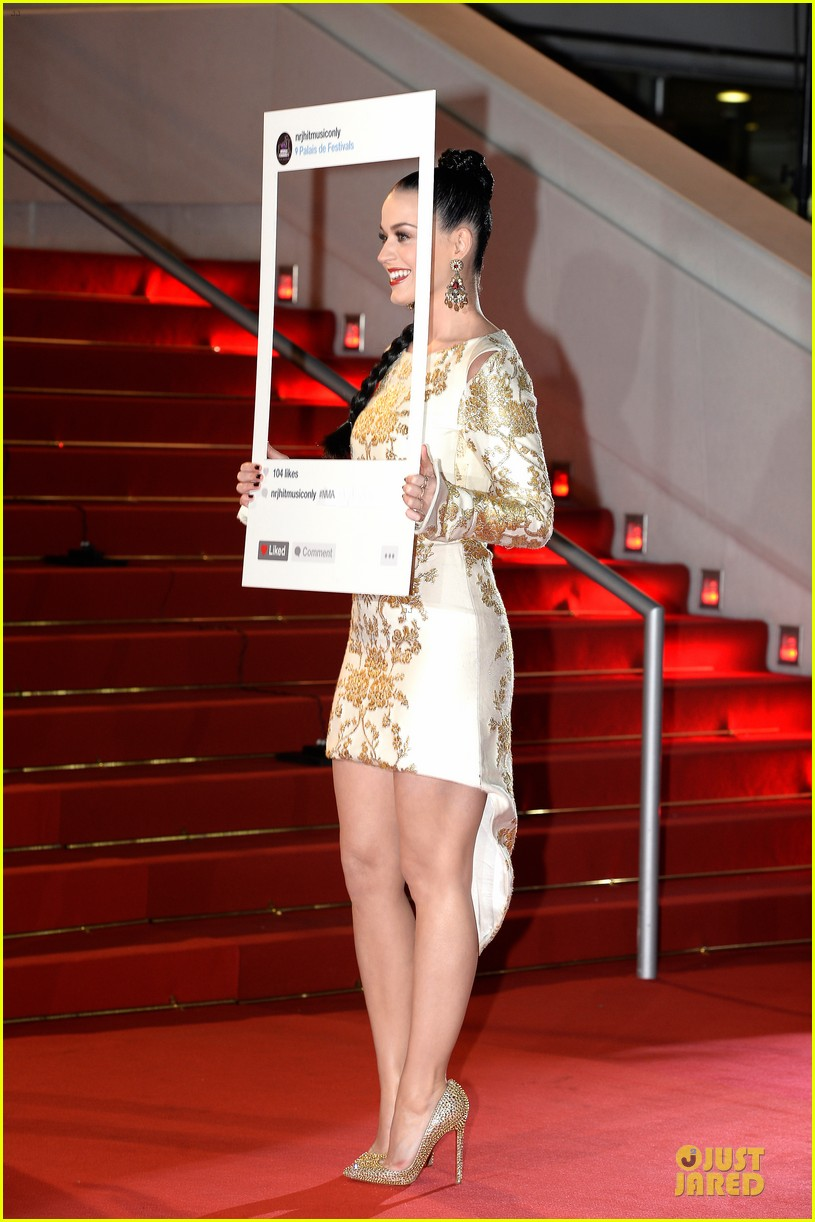 katy perry golden girl at nrj music awards 2013 05