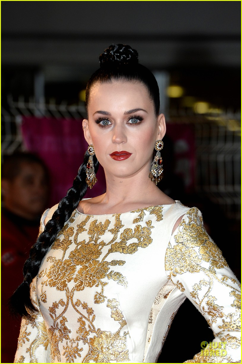 katy perry golden girl at nrj music awards 2013 083011951