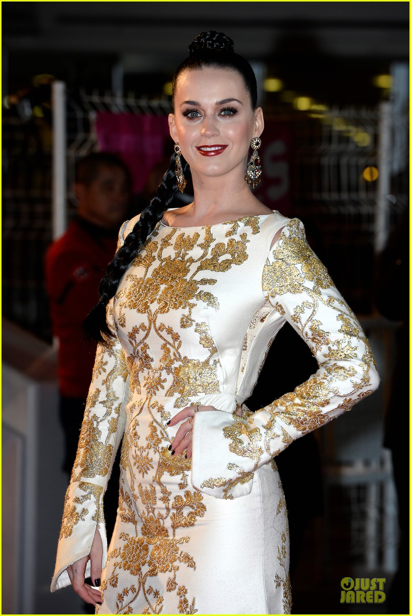 katy perry golden girl at nrj music awards 2013 163011959