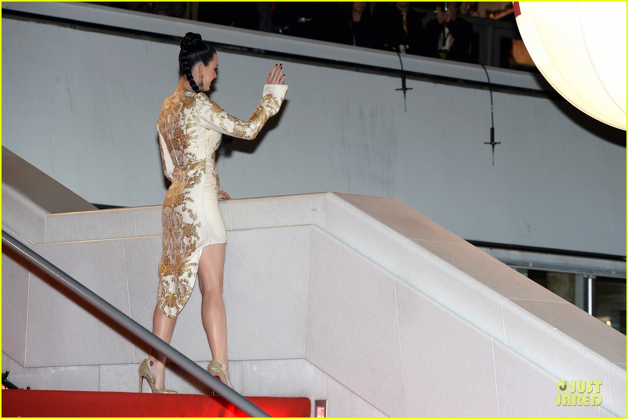 katy perry golden girl at nrj music awards 2013 173011960