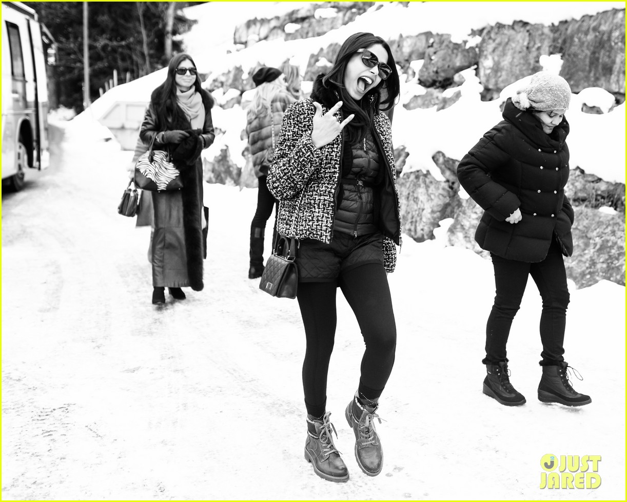 freida pinto asmallworld winter weekend in switzerland 393013105