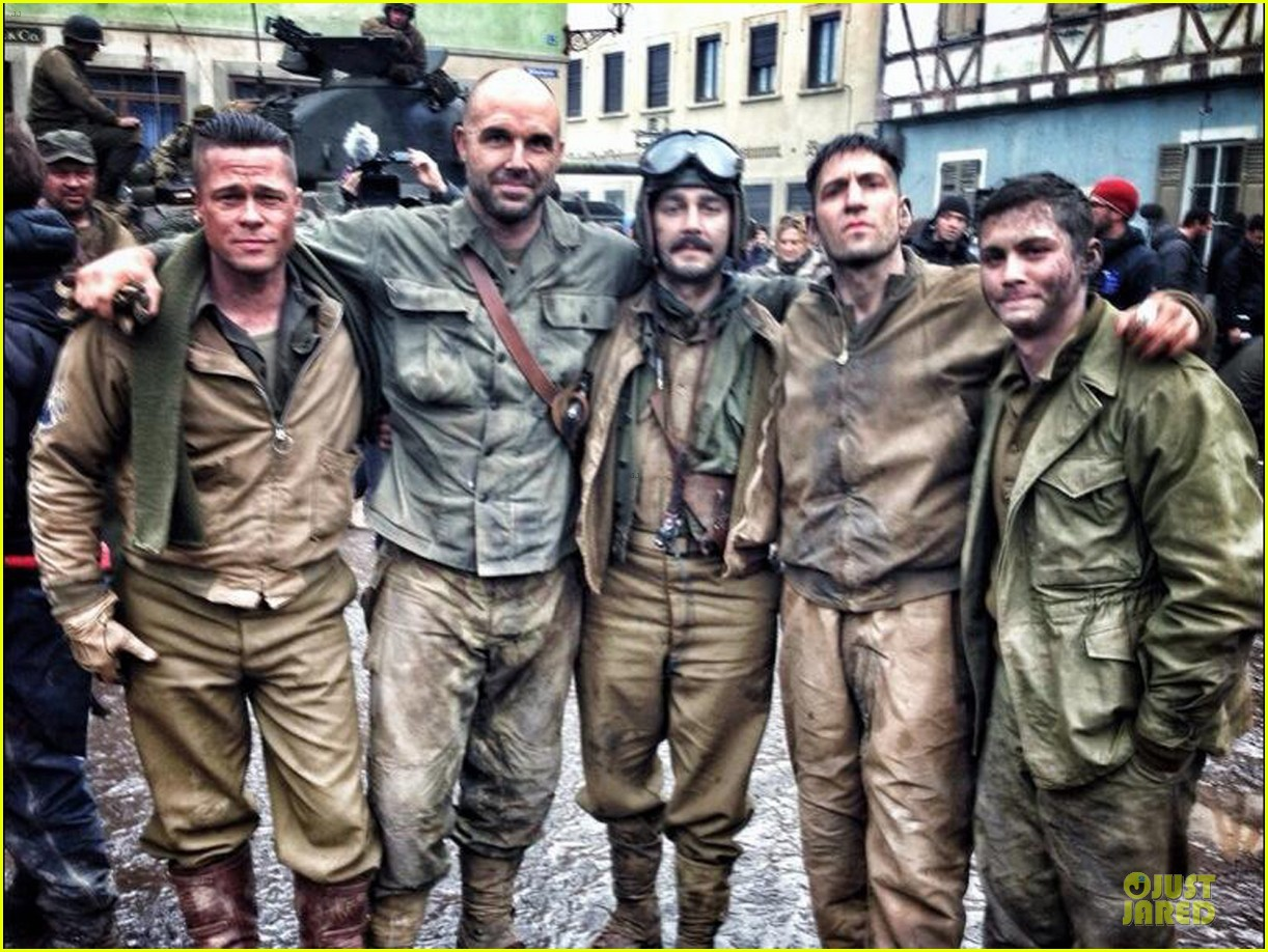 brad pitt shia labeouf day 56 of fury production 01