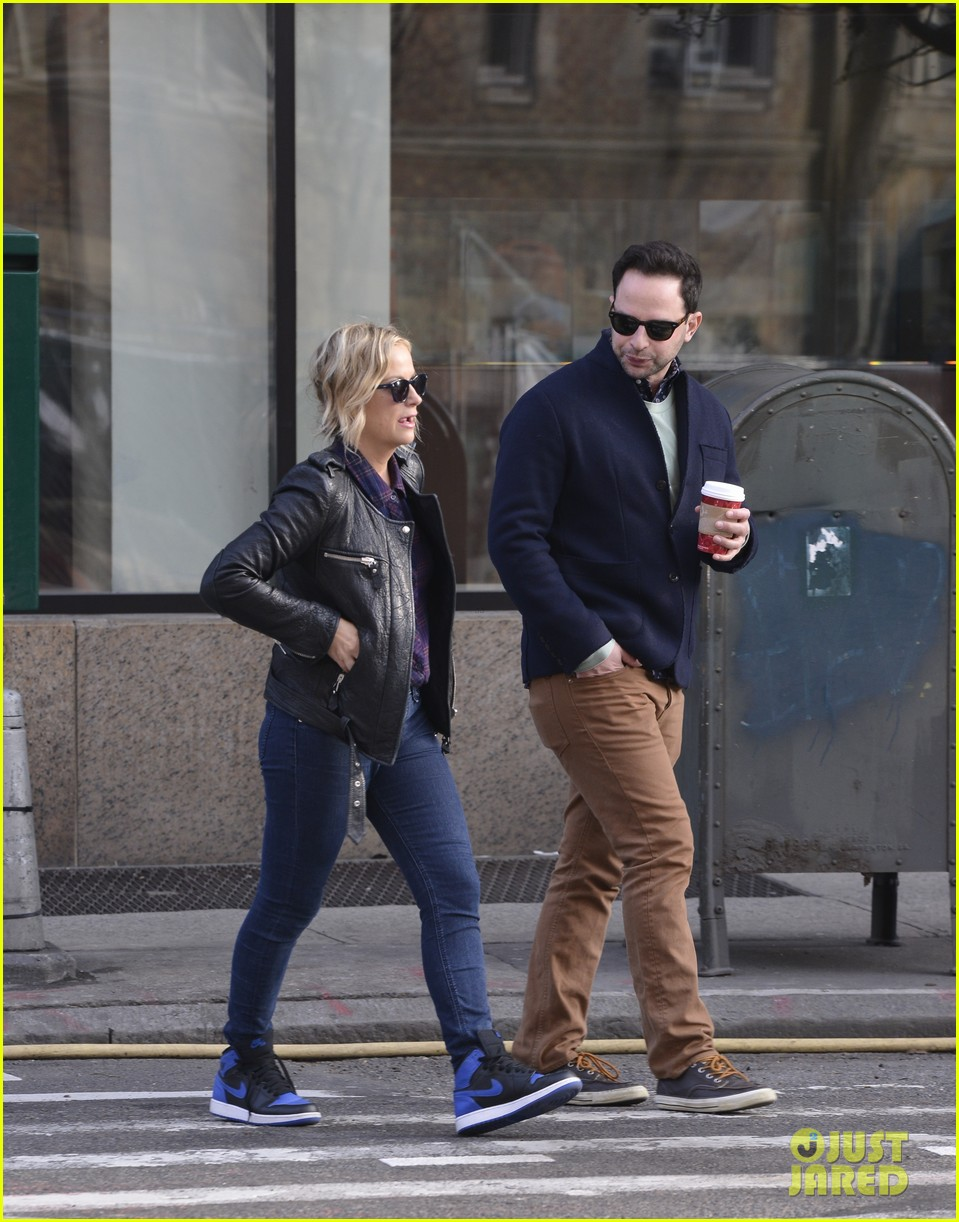 amy poehler strolls with nick kroll before gotham awards 023004148