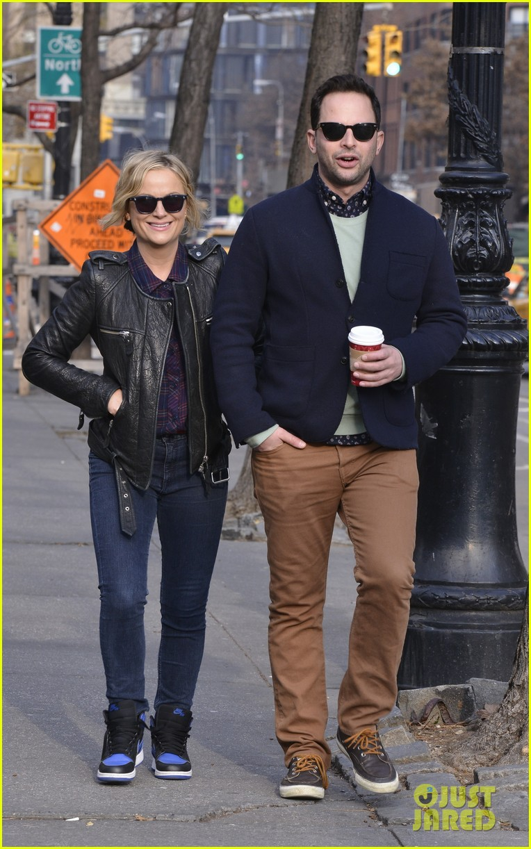 amy poehler strolls with nick kroll before gotham awards 093004155