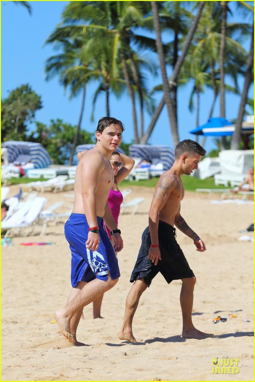 prince jackson shirtless holiday vacation in hawaii 133017495