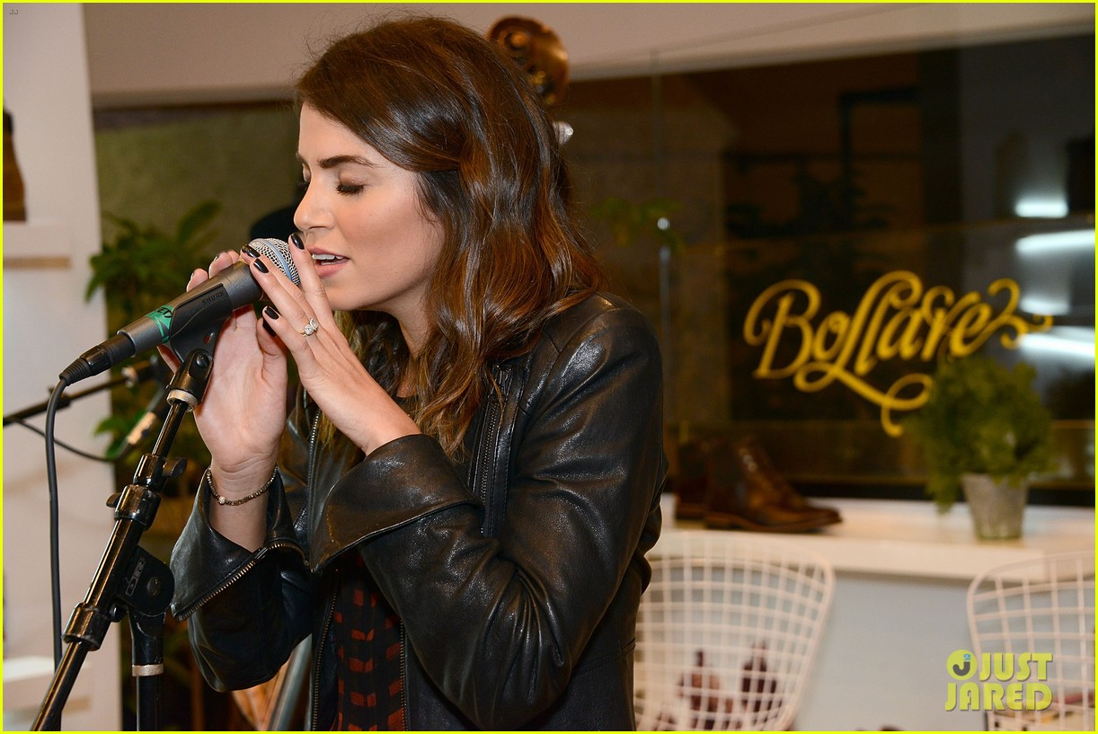nikki reed paul mcdonald timberland acoustic night 07