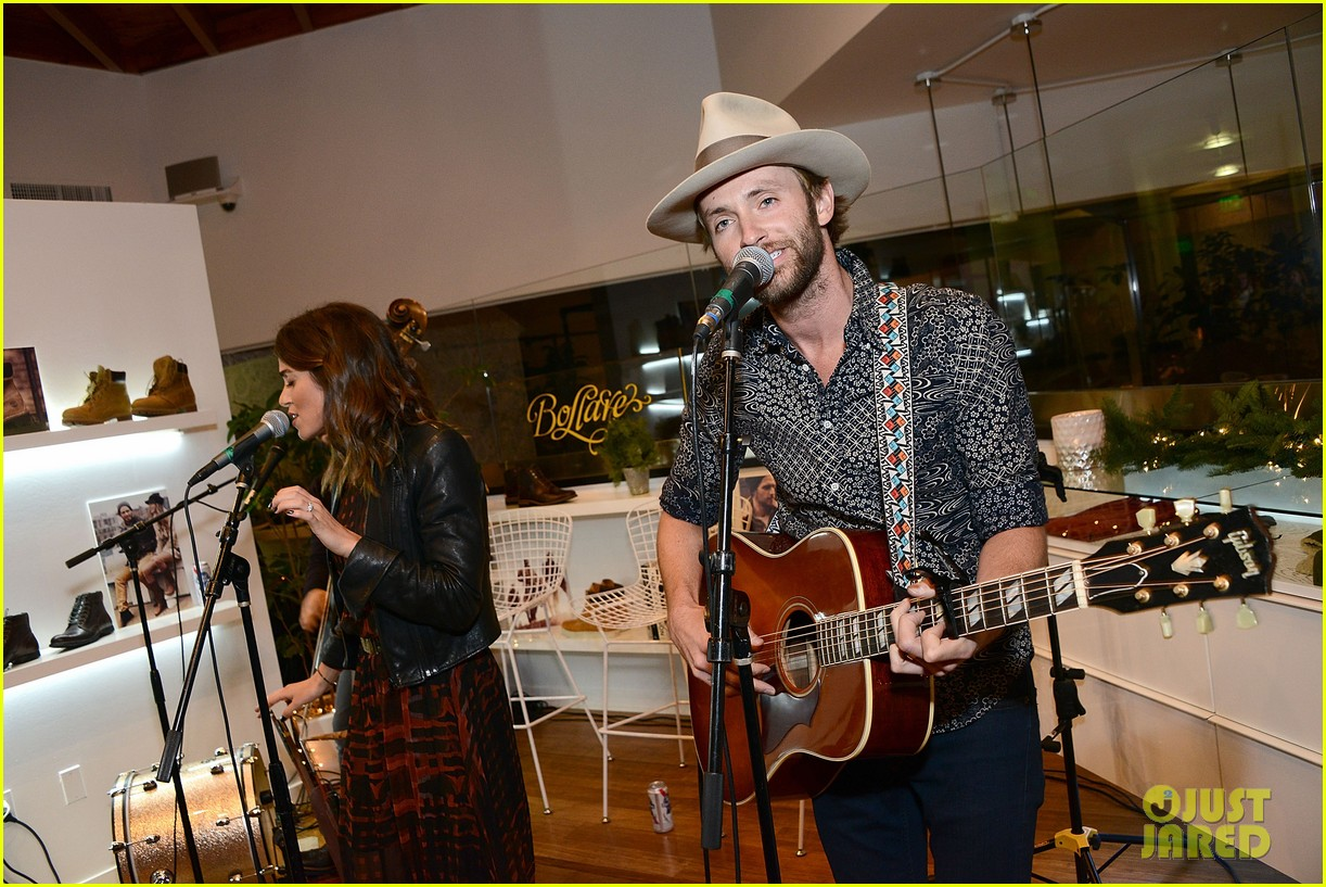nikki reed paul mcdonald timberland acoustic night 12