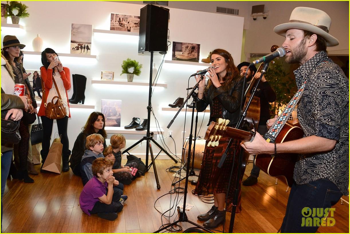 nikki reed paul mcdonald timberland acoustic night 213013153
