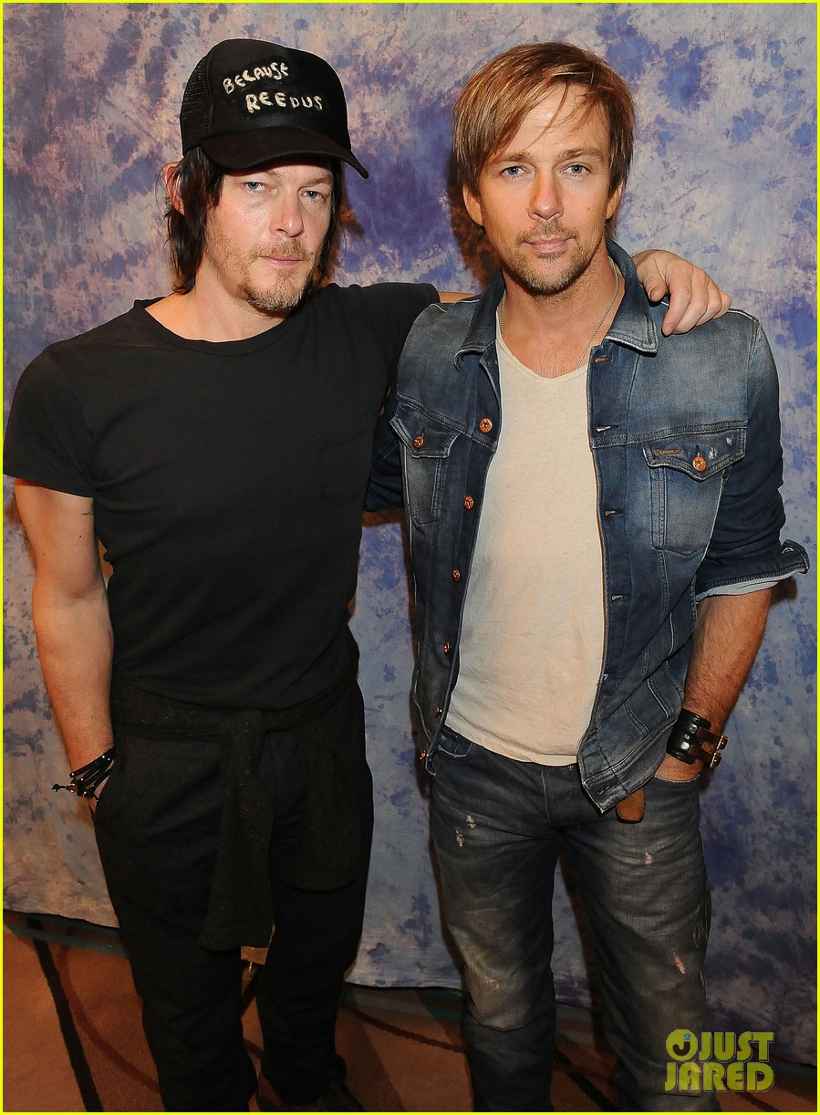 norman reedus hollywood collectors convention 023016612