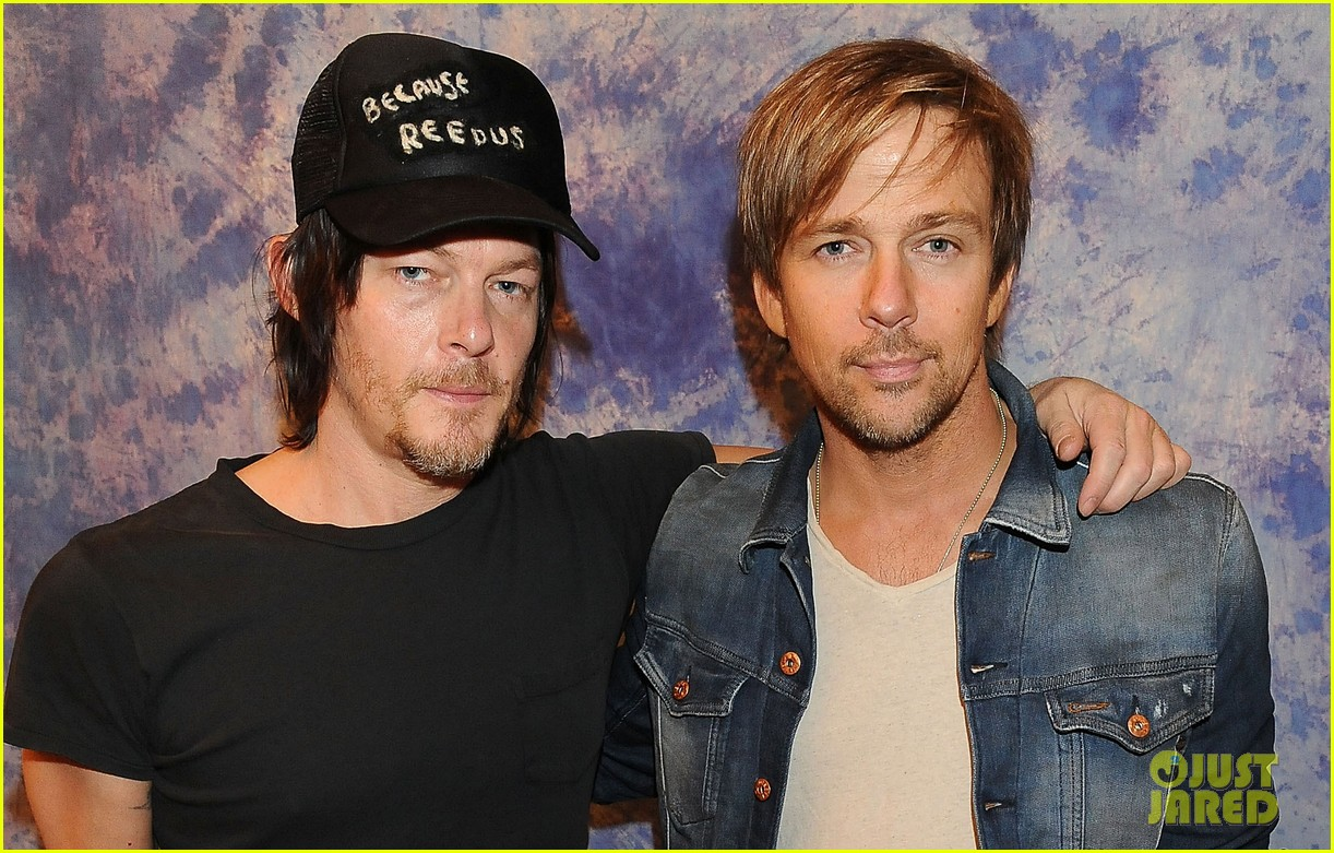norman reedus hollywood collectors convention 043016614
