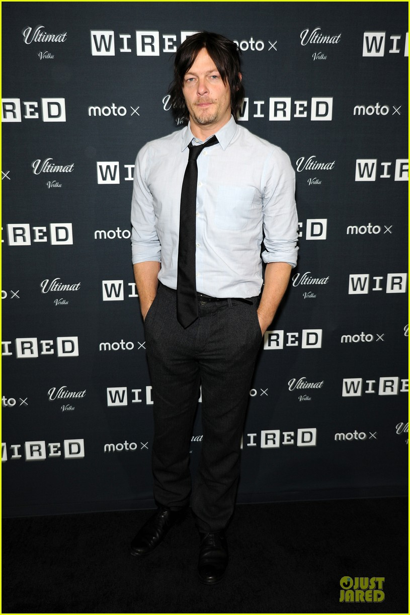 norman reedus sebastian stan wire store opening 01