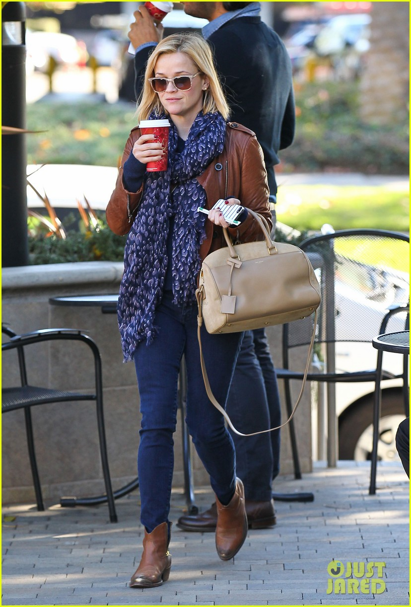 reese witherspoon back on the road for the good lie 013005652