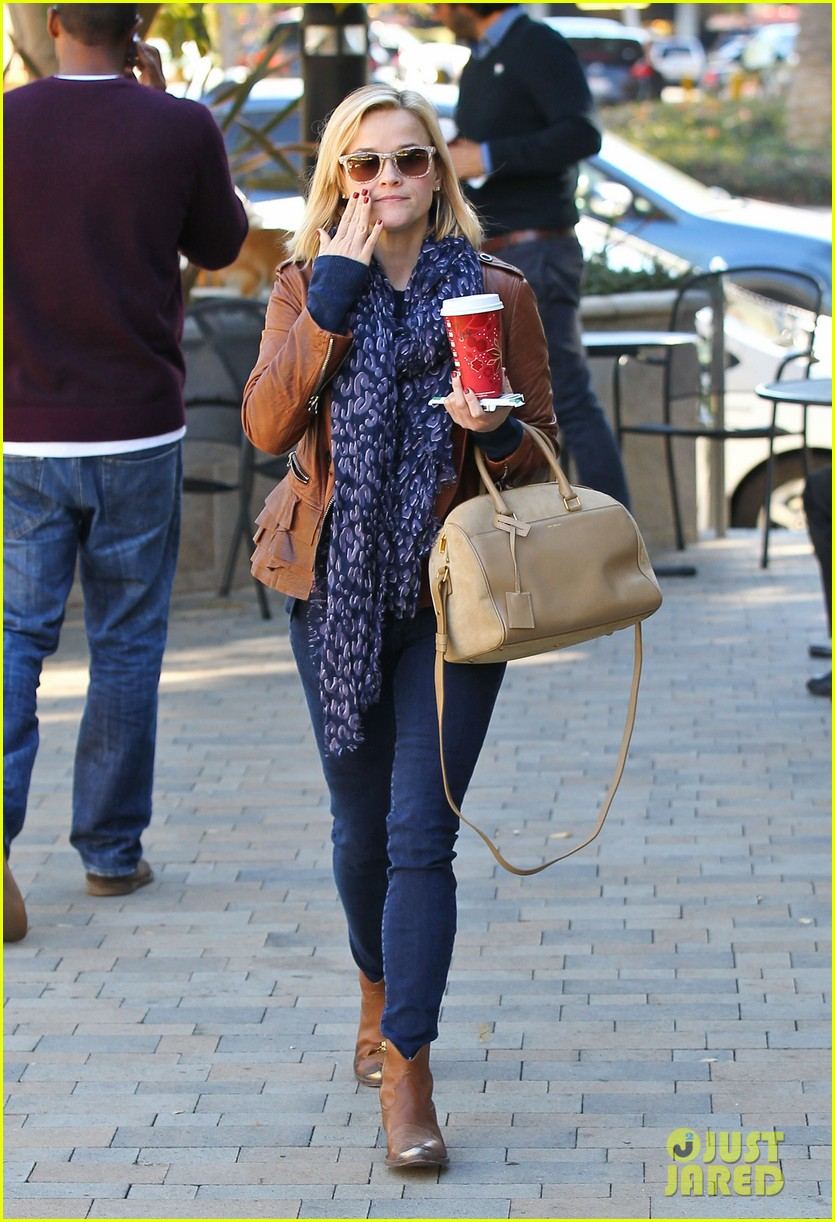 reese witherspoon back on the road for the good lie 053005656