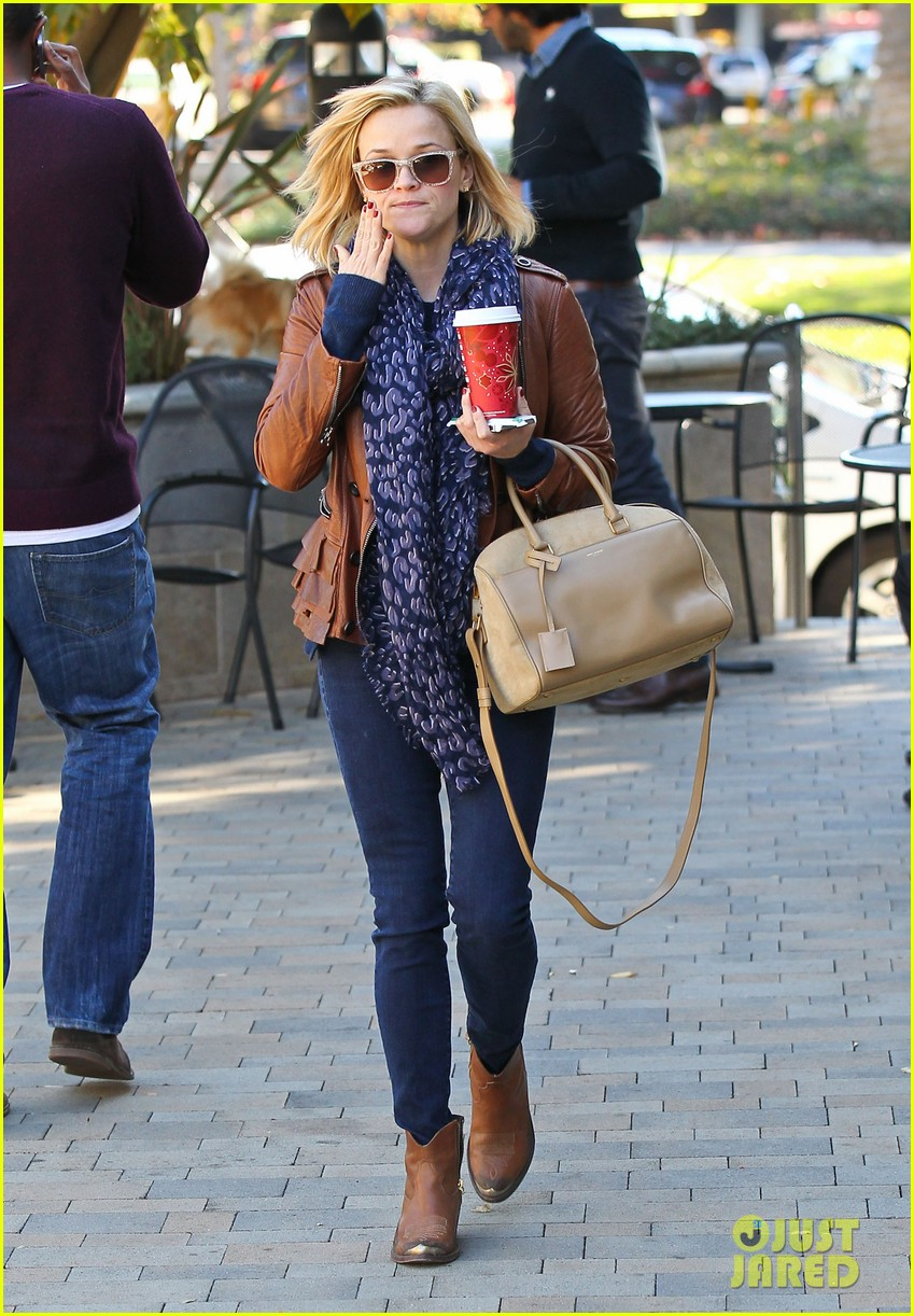 reese witherspoon back on the road for the good lie 093005660