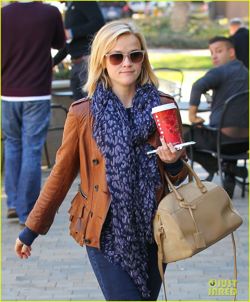 reese witherspoon back on the road for the good lie 143005665