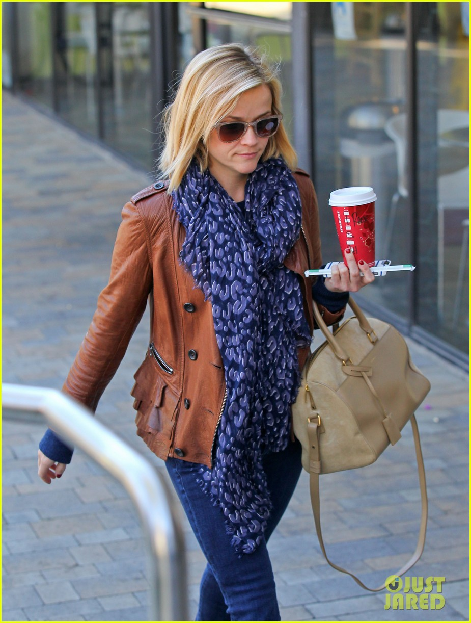 reese witherspoon back on the road for the good lie 153005666