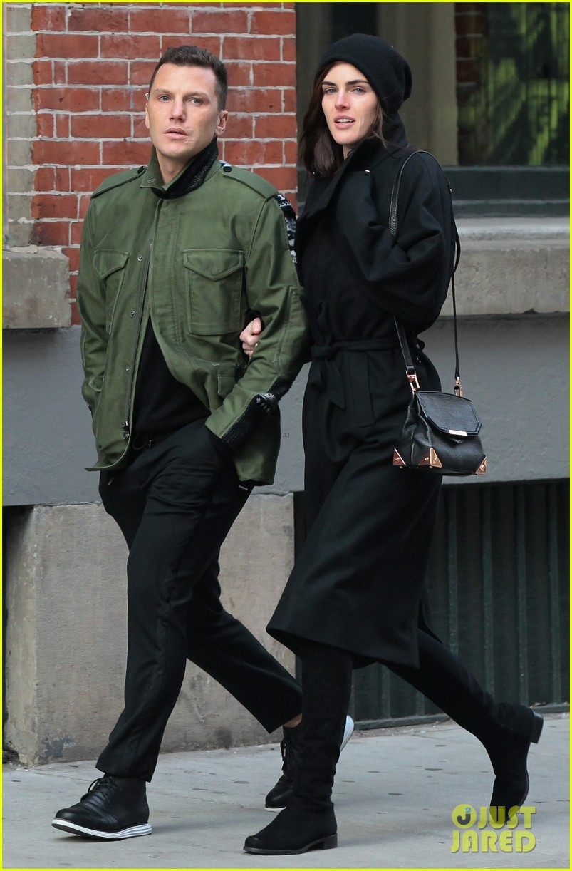 hilary rhoda sean avery soho stroll before christmas 03