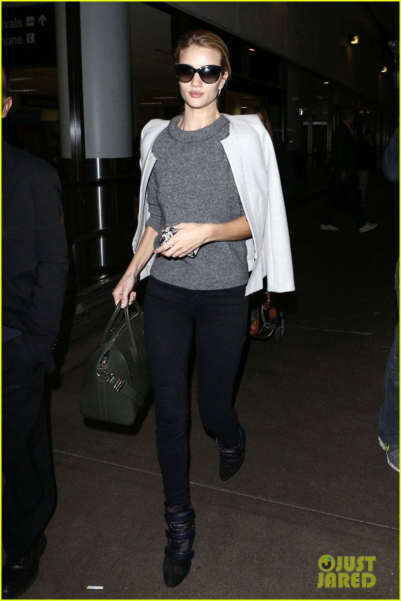 rosie huntington whiteley back in la after bfa 013005475
