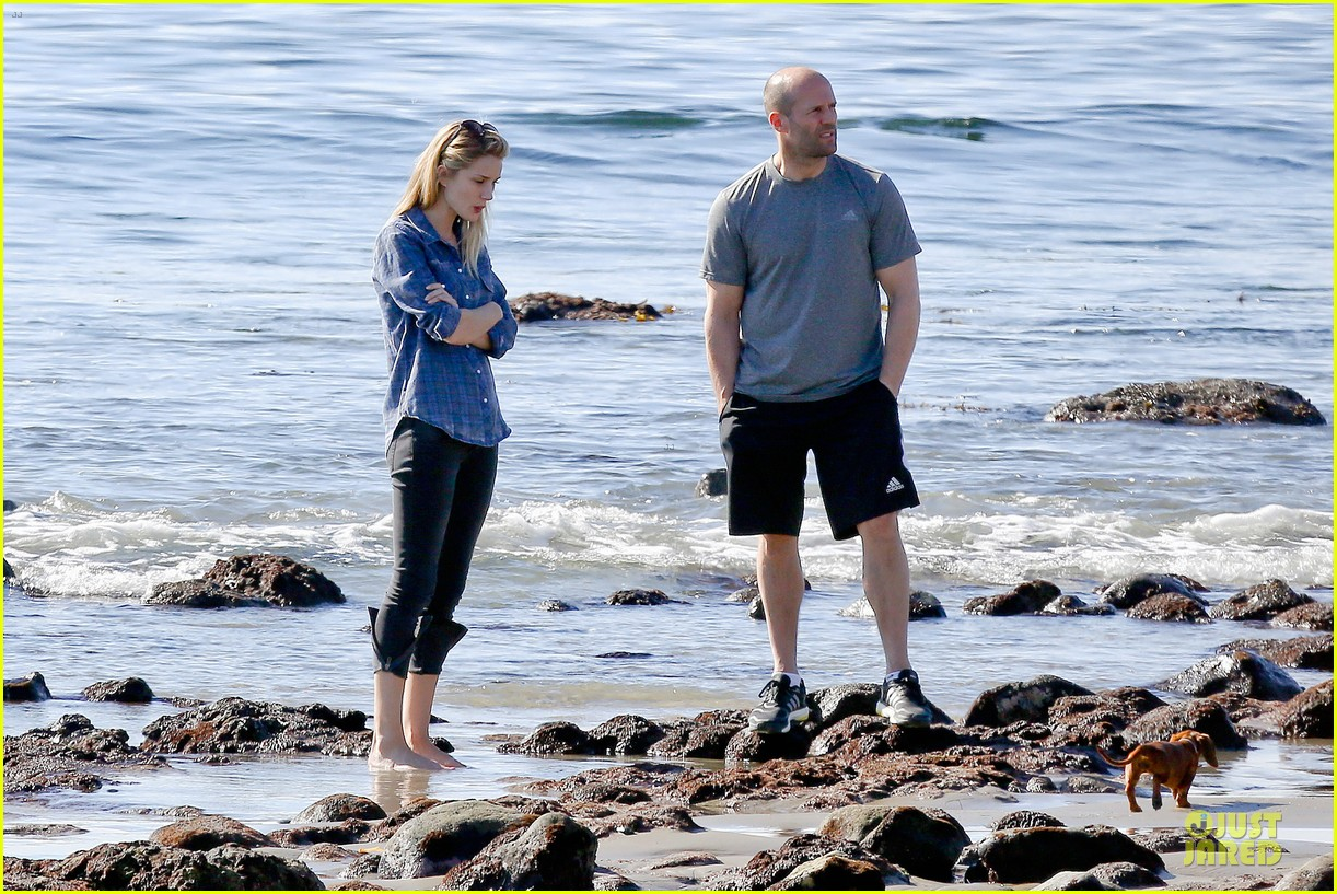 rosie huntington whiteley malibu beach with jason statham 203018647