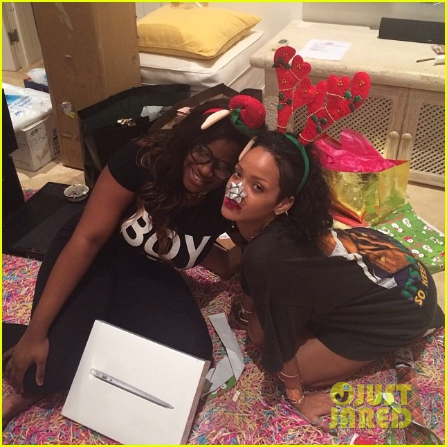 rihanna is a red nosed reindeer at her christmas eve party 073017572