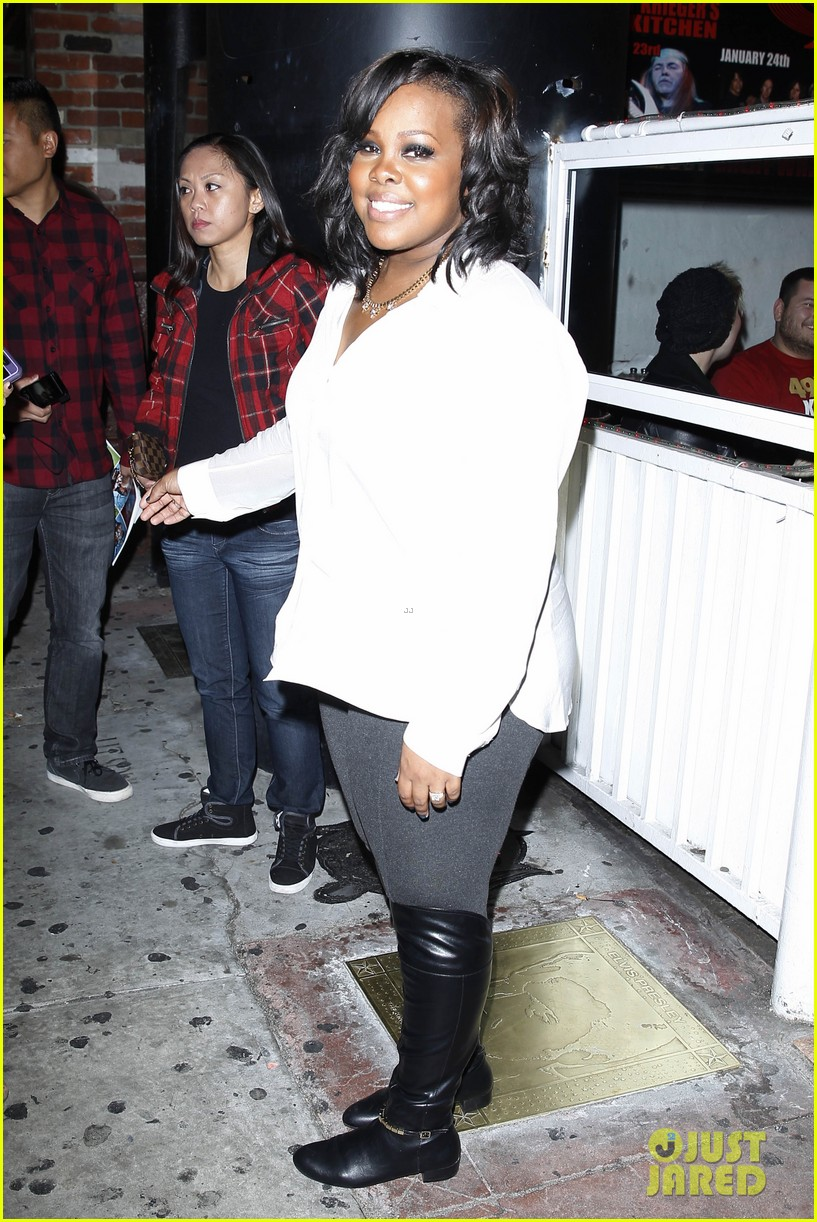 amber riley holiday concert with tori kelly michelle williams 113017108