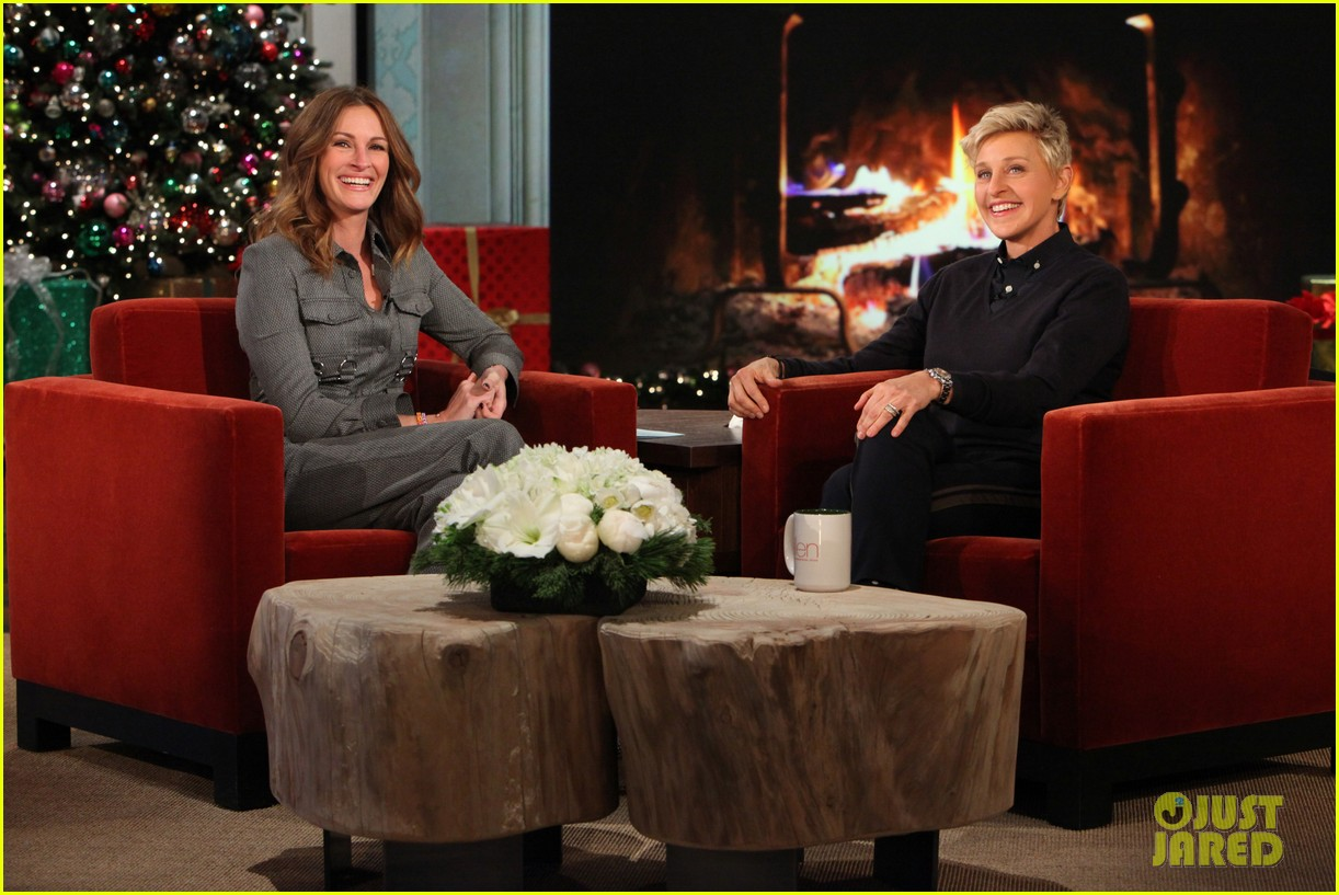 julia roberts co hosts ellen makes crafts with martha stewart 013014268