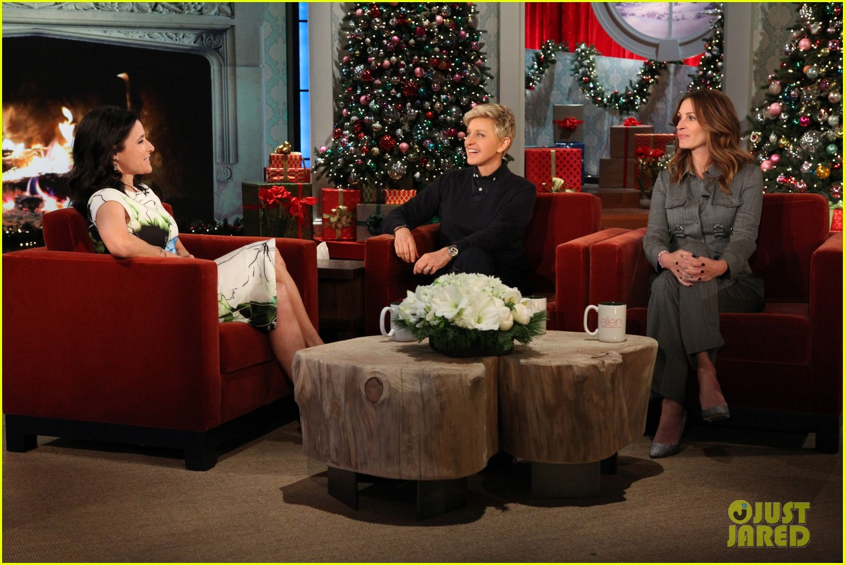 julia roberts co hosts ellen makes crafts with martha stewart 103014277