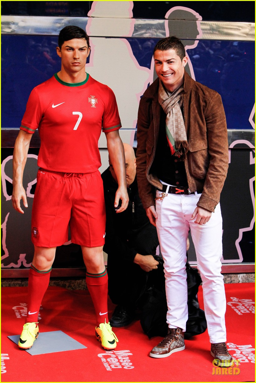 cristiano ronaldo wax figure unveiling in madrid 063007375