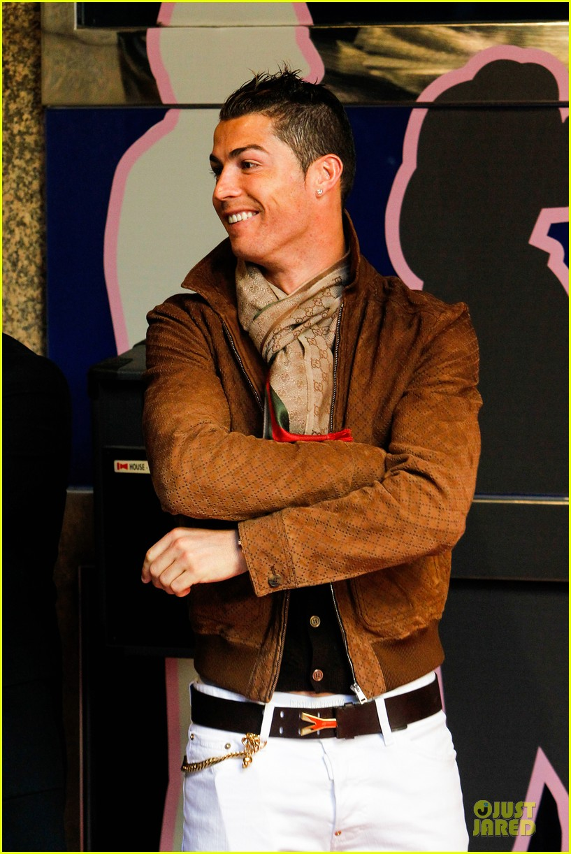 cristiano ronaldo wax figure unveiling in madrid 133007382