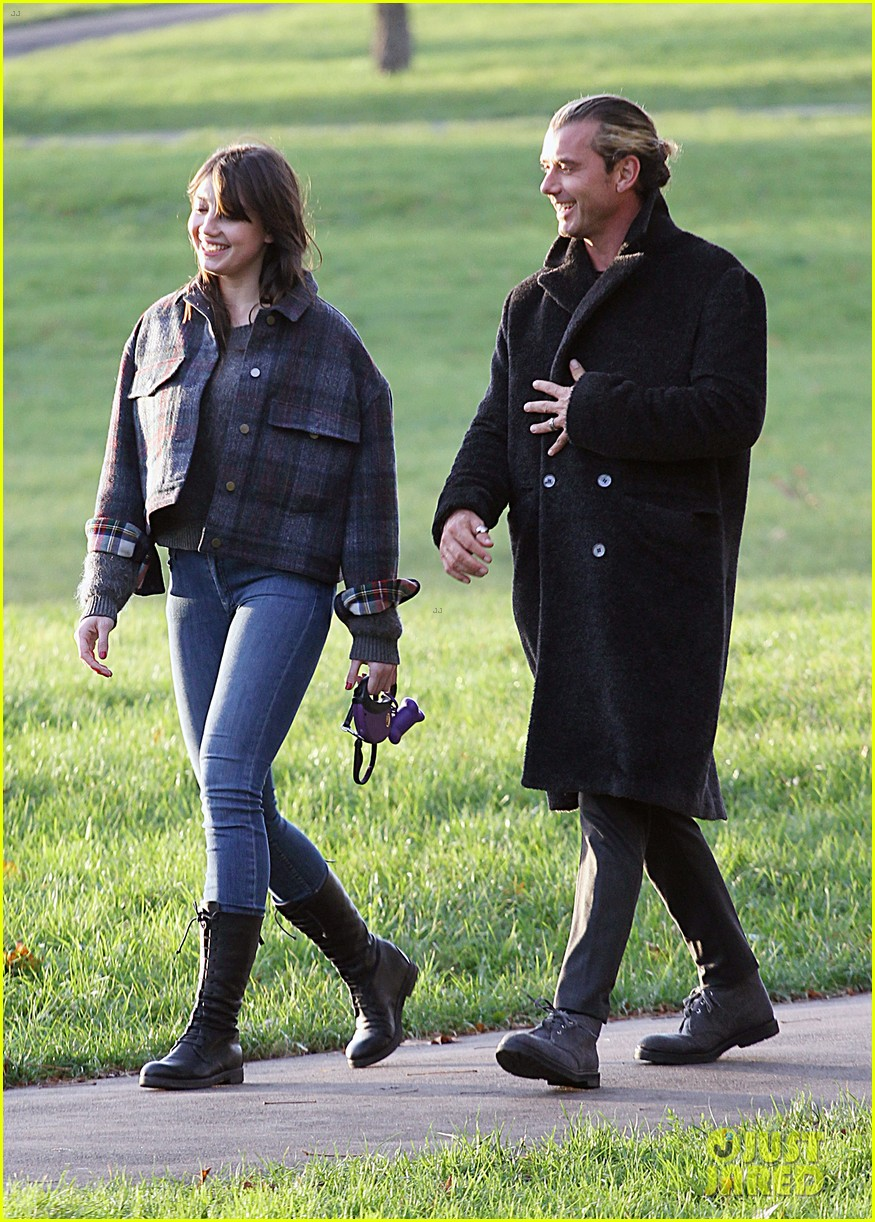gavin rossdale spends time with daughter daisy lowe 05