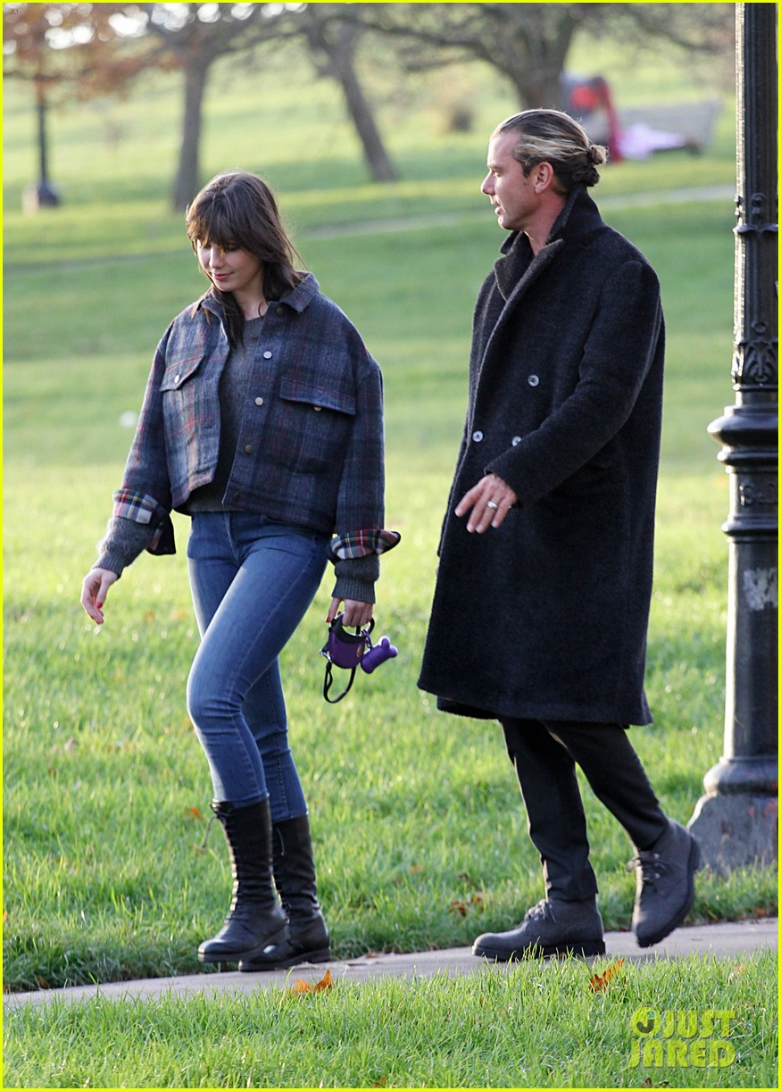 gavin rossdale spends time with daughter daisy lowe 083008397