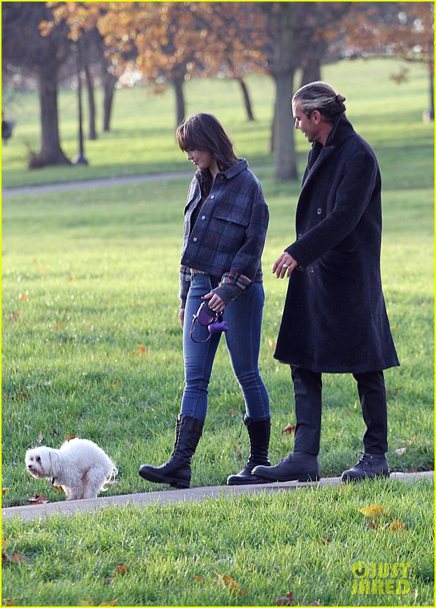 gavin rossdale spends time with daughter daisy lowe 093008398