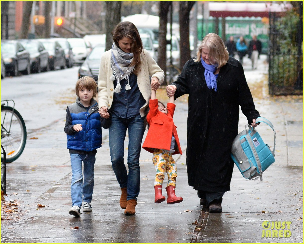 keri russell steps out with kids after shane deary split news 033006285
