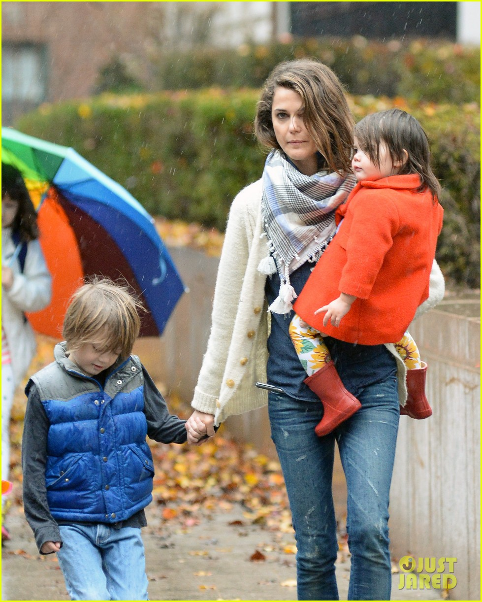 keri russell steps out with kids after shane deary split news 06