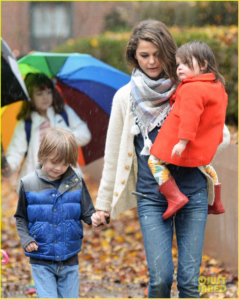 keri russell steps out with kids after shane deary split news 073006289