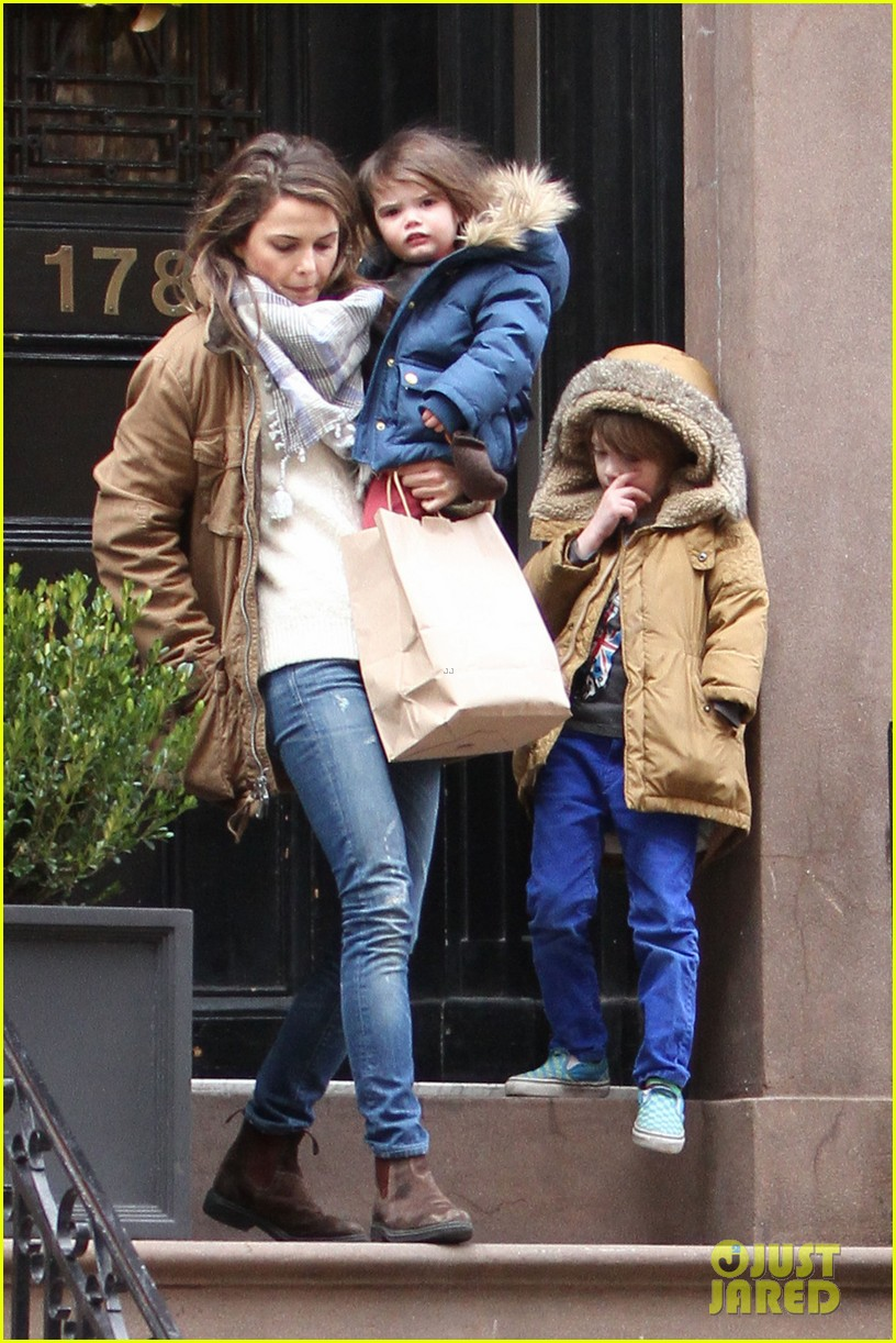 Keri Russell Steps Out Solo After Matthew Rhys Dating
