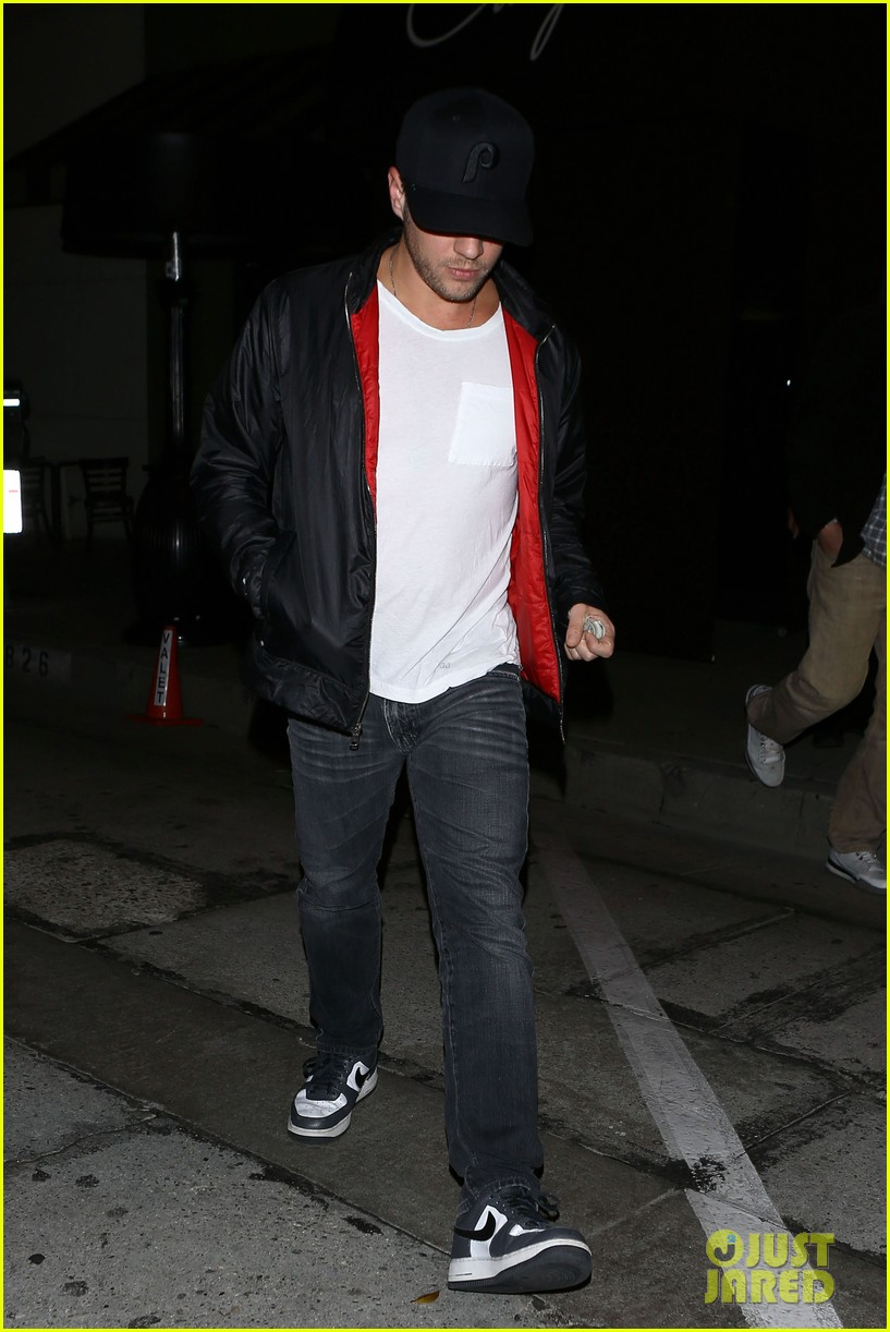 ryan phillippe queen b brought that dirt into it 013011407