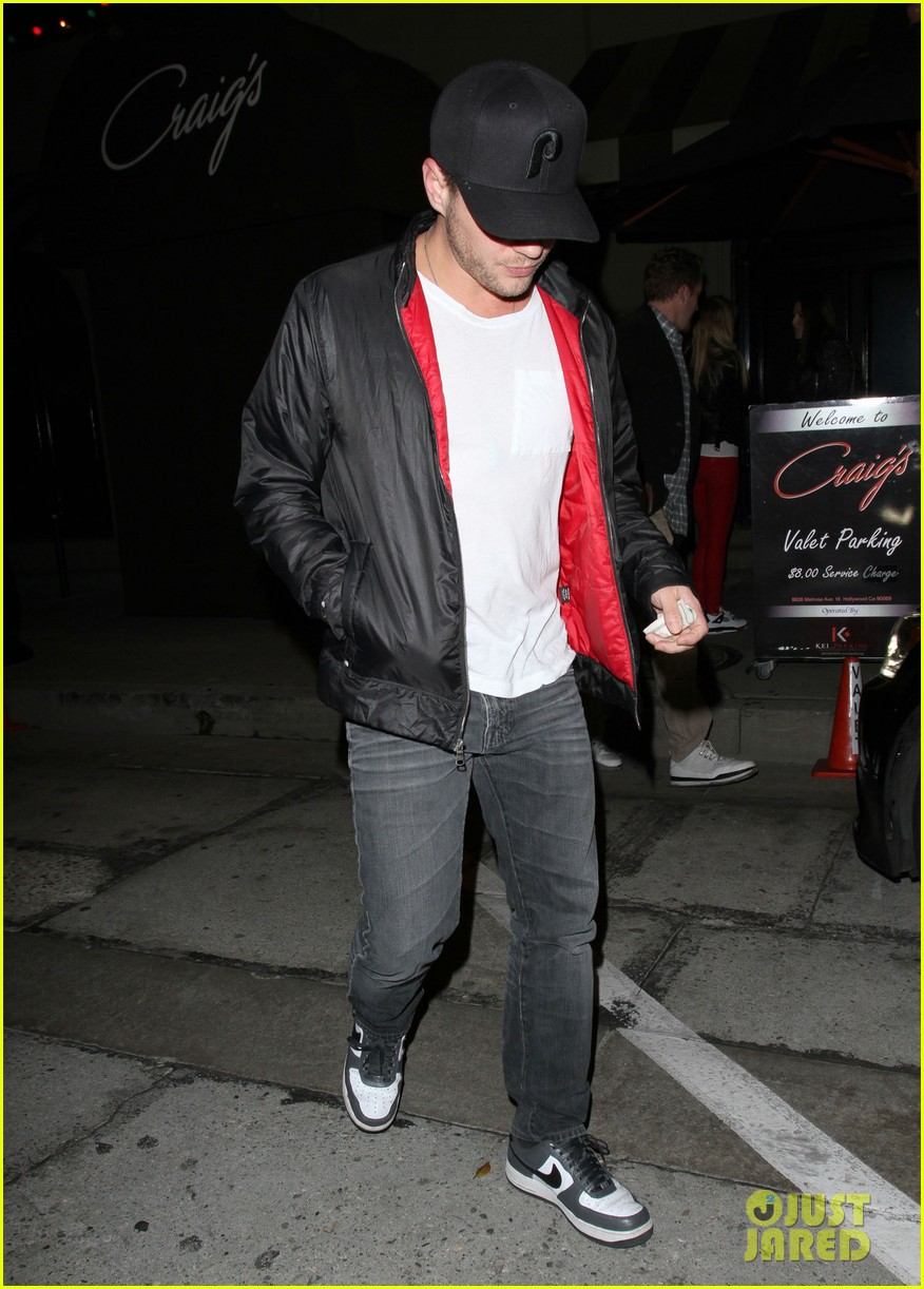 ryan phillippe queen b brought that dirt into it 103011416