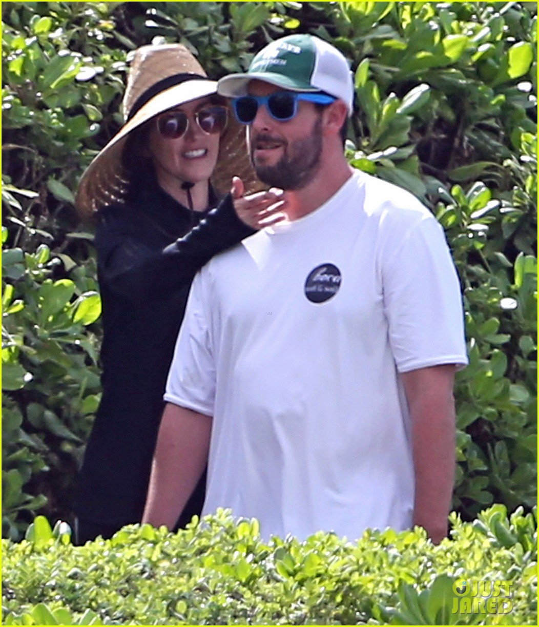 adam sandler wife jackie spend quality time in hawaii 043017787
