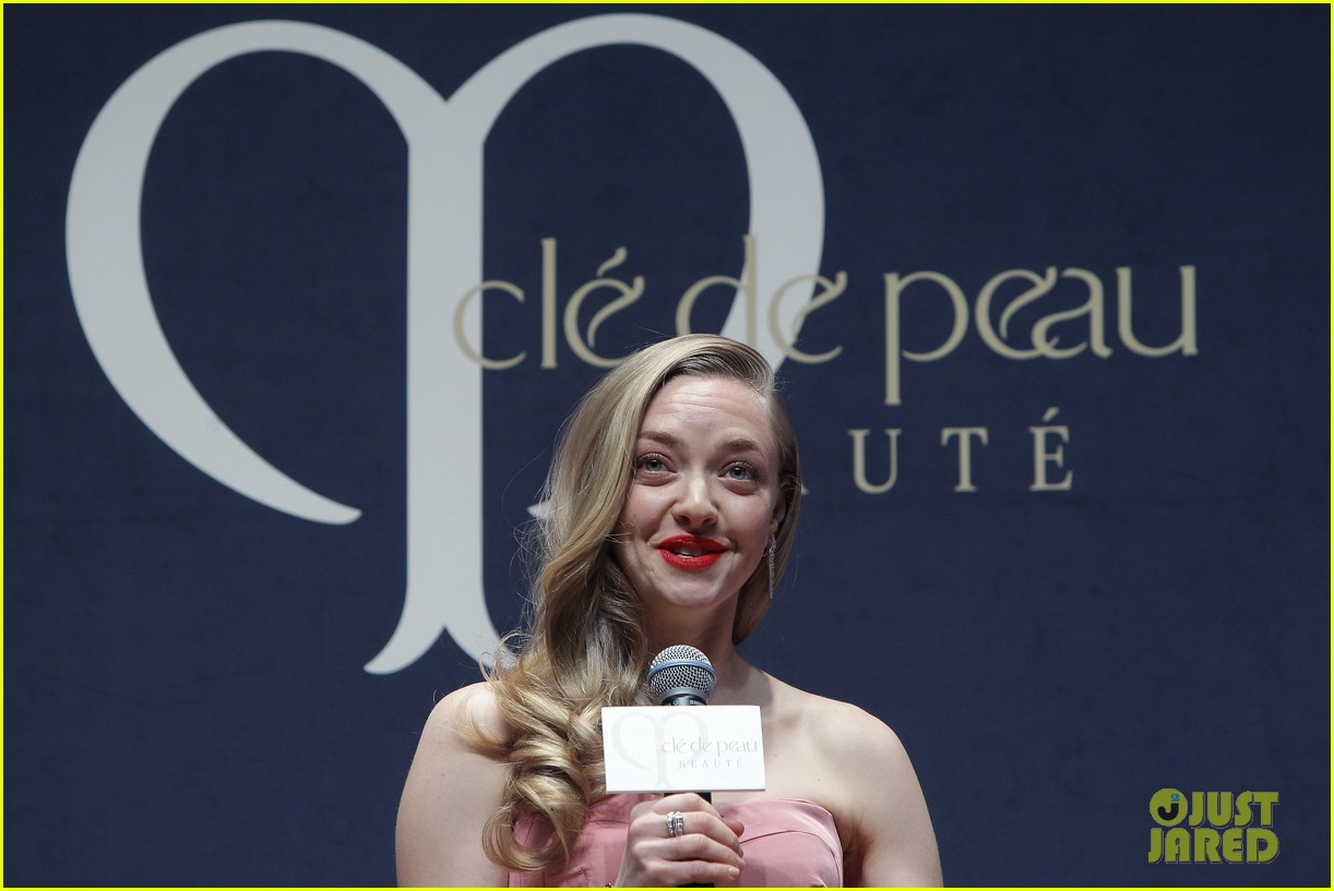 amanda seyfried cle de peau beaute events in seoul 133004984