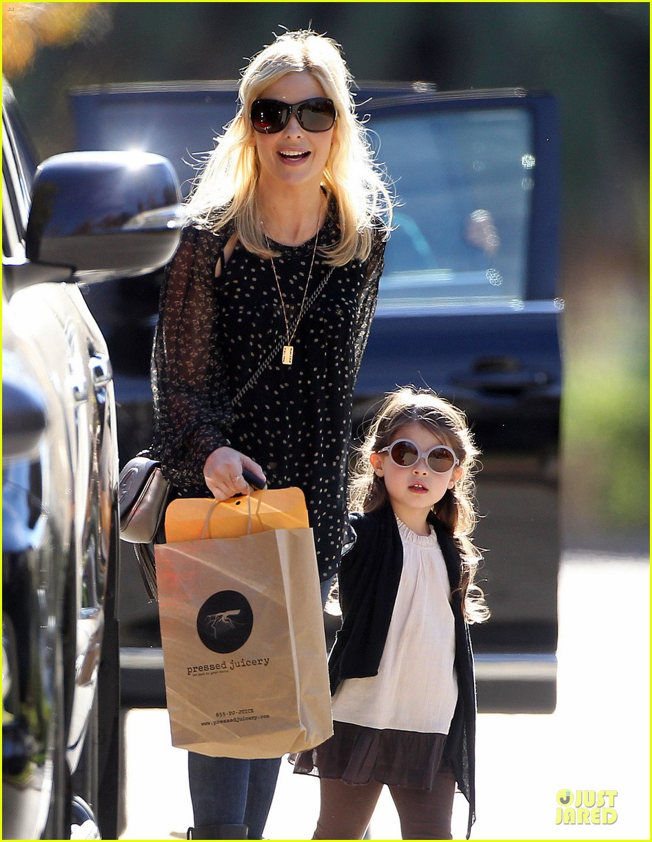 sarah michelle gellar mommy me class with charlotte 063019038