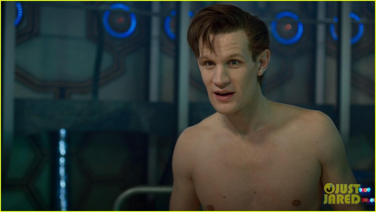matt smith naked for dr whos christmas episode 02