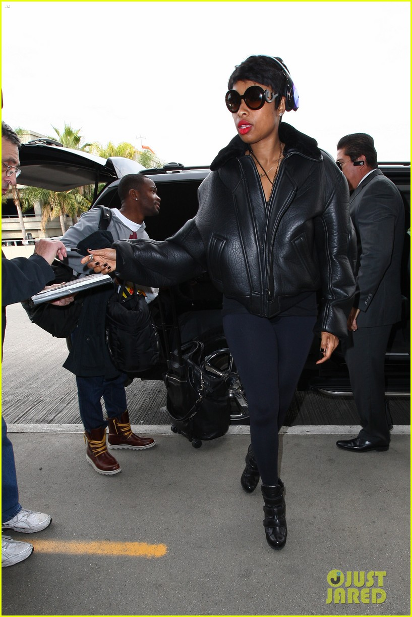 jordin sparks jennifer hudson idol ladies at lax airport 113014715