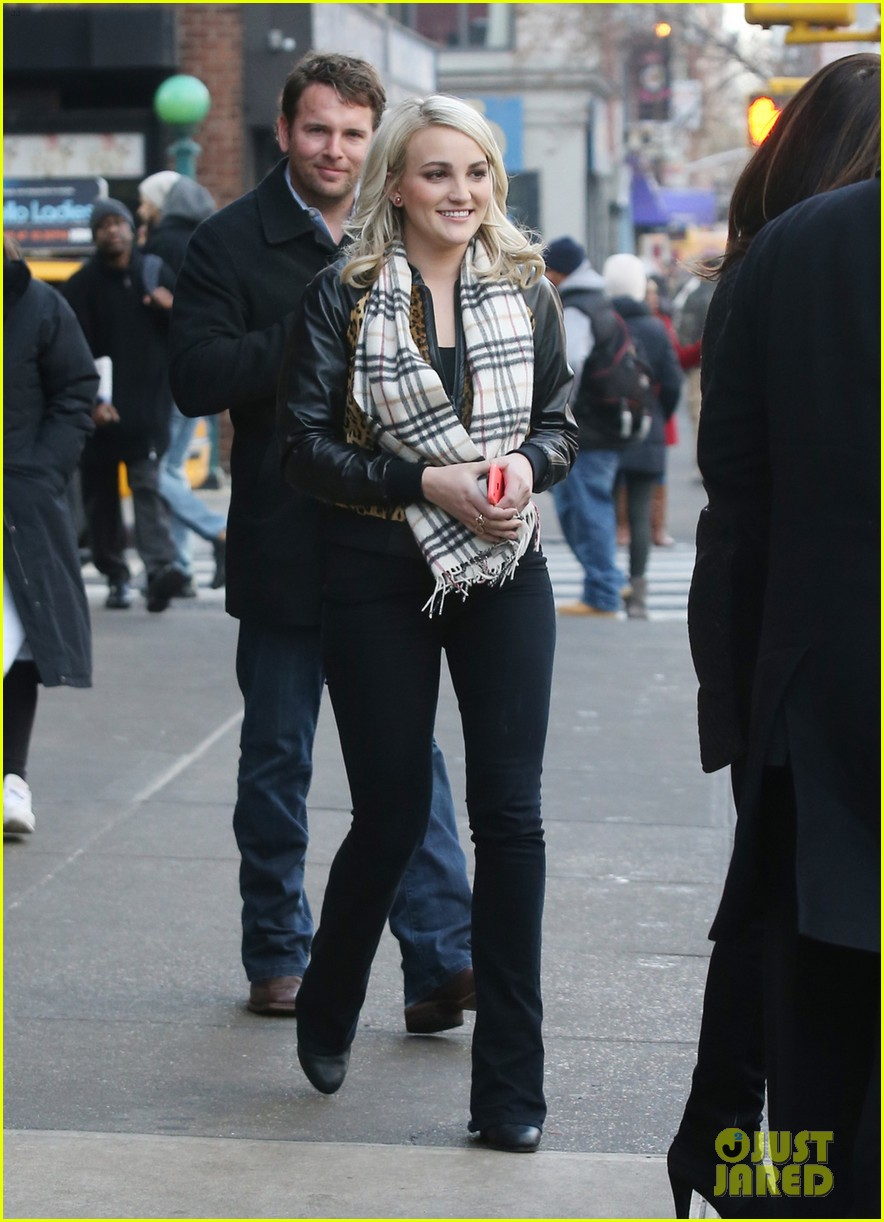 jamie lynn spears brings fiance jamie watson on press tour 033015134