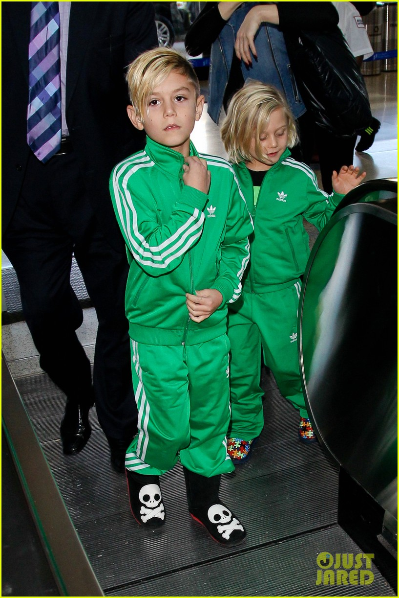 gwen stefanis sons kingston zuma wear matching green track suits 023019679