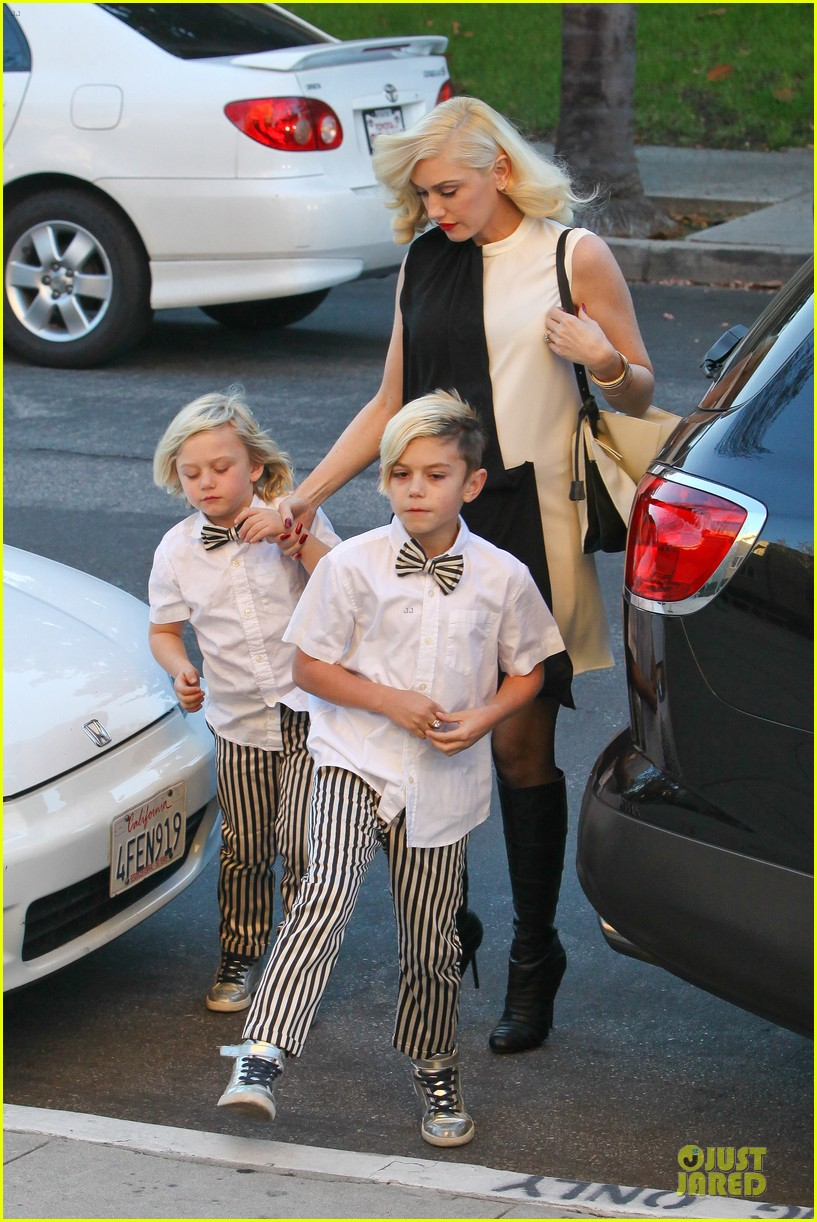 gwen stefani christmas eve mass with matching boys 083017426