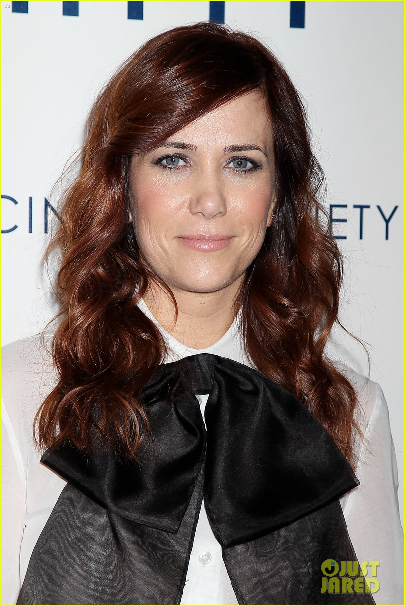 kristen wiig ben stiller own the walter mitty props now 133014855