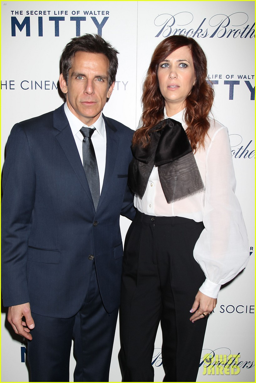kristen wiig ben stiller own the walter mitty props now 193014861